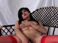 horny-babe-in-lingerie-plays-with-her-pussy