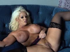 hot threesome nice ass & tits