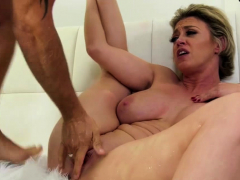 horny-milf-squirts-while-fucking-her-guy