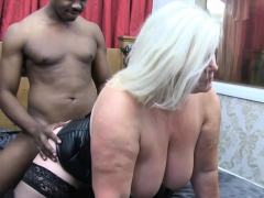 laceystarr – leather clad granny gets interracial spitroast