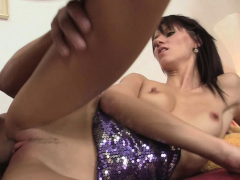 his-brunette-gf-takes-rough-mouth-and-hardcore-pussy-banging