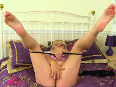british-gilf-tigger-exposes-her-big-tits-and-wet-hole