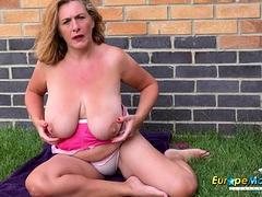 europemature-camilla-solo-outdoor-performance