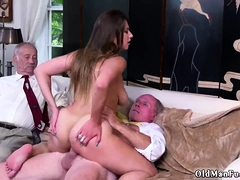 blowjob-vs-toy-first-time-ivy-impresses-with-her-meaty