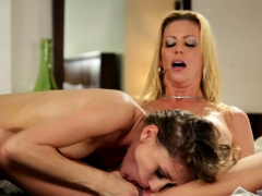 Stepmother Milf Eaten Out