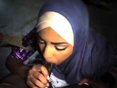 muslim-girl-first-time-the-booty-drop-point-23km-outside