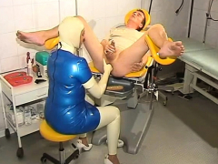 latex-fetish-femdom-bdsm-anal-strap-on-pain