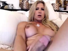 Georgeus tranny jerks off dick live free 4at on Cruisingcams
