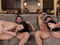 dads-cums-all-over-kimber-and-alexs-faces