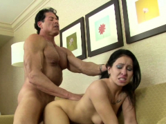 amazing-girlfriend-gets-pounded-in-hardcore-fashion