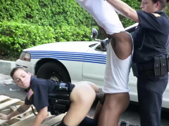 black-dude-hunted-by-the-police-while-driving