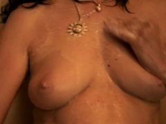 incredible-chick-pleasures-herself-while-taking-a-shower