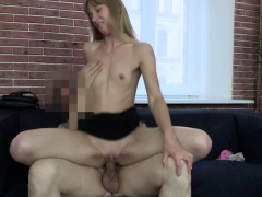sexy-blonde-amateur-in-real-sex-tape