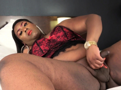 chubby-lingerie-ebony-cums-after-wanking