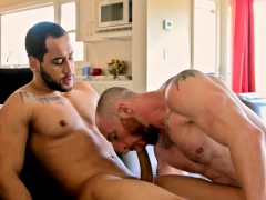 gay-stepbrother-admitted-to-the-crush-on-his-stepbro