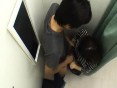 amateur-asian-college-teen-gives-blowjob