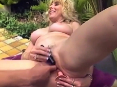 mature-mom-anal
