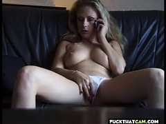 sweet mature bitch getting horny from phonesex