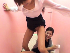 asian-babes-squat-and-piss-in-public-toilet