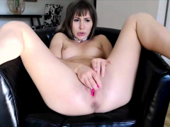 Camsoda – Paige Owens Pornstar Toys Her Pussy In Close Up
