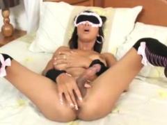 Blindfolded Ladyboy Palm Gives Blowjob