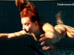 Edwige slutty teen underwater