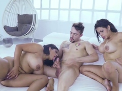 Old Man Fuck Teen And Mature Woman Keysha Proceeded To