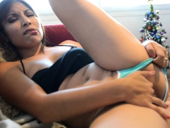 perfect-stepdaughter-uses-a-sex-toy-on-camera
