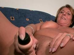 german-old-mature-mom-masturbate-at-casting