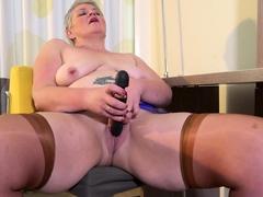 europemature-horny-mature-candy-solo-masturbation