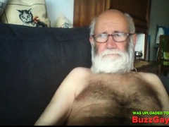grandpa-show-on-webcam
