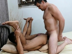 bareback-loving-asian-banging-with-older-guy