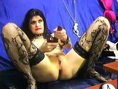 mature-domina-toying-pussy-and-ass-on-webcam