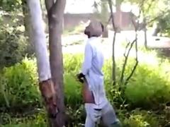str8-busting-india-jerk-in-public